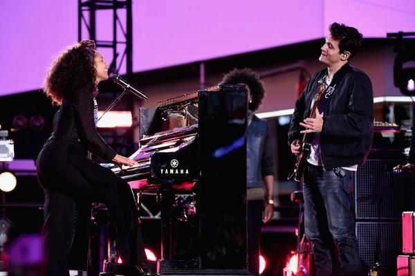 Alicia Keys & John Mayer - If I ain't got you - Gravity (Live in New York)